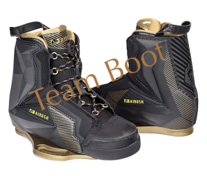 2017_airush__0000_team-black-boots